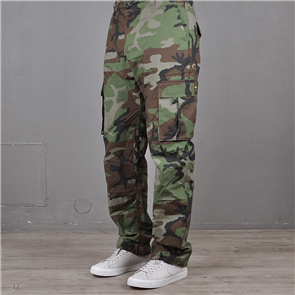 Nike Mens Nike SB Cargo Pants Woodland Camo, Brown